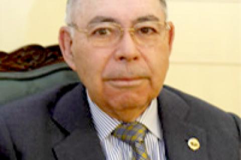 Los Ingenieros de Telecomunicación conceden a Luis Méndez el