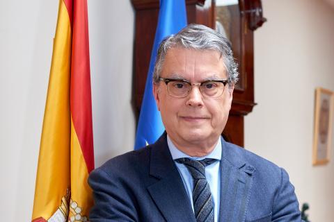 Roberto Sánchez estará en la Comisión de Banda Ancha de la ONU
