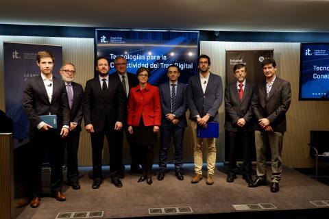 """El GT Smart Railways del COIT analiza las tecnologías del nuevo """"tren digital"""""""
