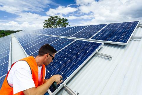 Formación sobre Energía Solar Fotovoltaica de autoconsumo