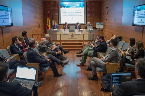 Presentación Informe Socioprofesional del perfil del ingeniero de telecomunicación